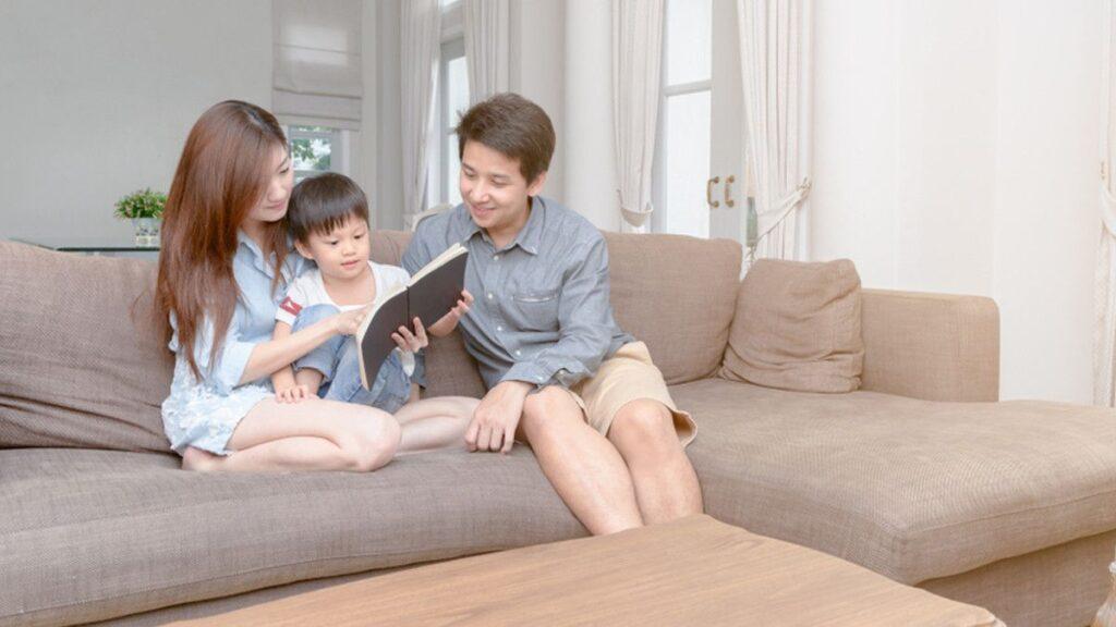 Orang Tua Selalu Memikirkan Beribuh Langkah Kedepan Untuk Anak